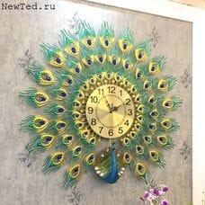 Часы  со стразами настенные
