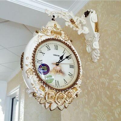 Настенные двухсторонние часы купить в интернет магазине