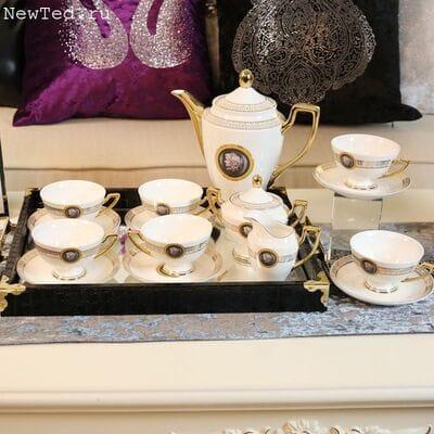 Замечательный чайный сервизиз фарфора