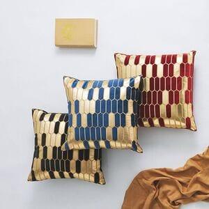 Декоративные бархатные подушки