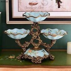 Великолепные светло голубые вазы