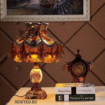 Настольная лампа фото