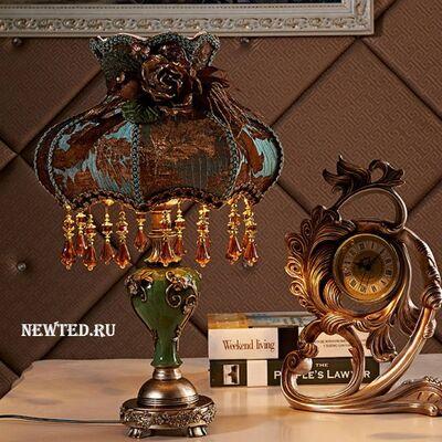 Для спальни настольная лампа