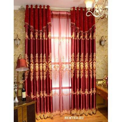 Великолепные красные шторы