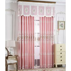 Розовые дизайнерские шторы