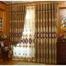 Коричневые шторы с бордовой вышивкой