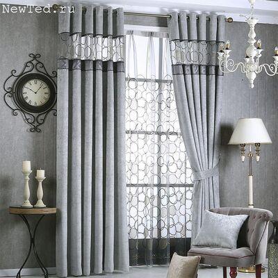 Серые шторы в гостиной