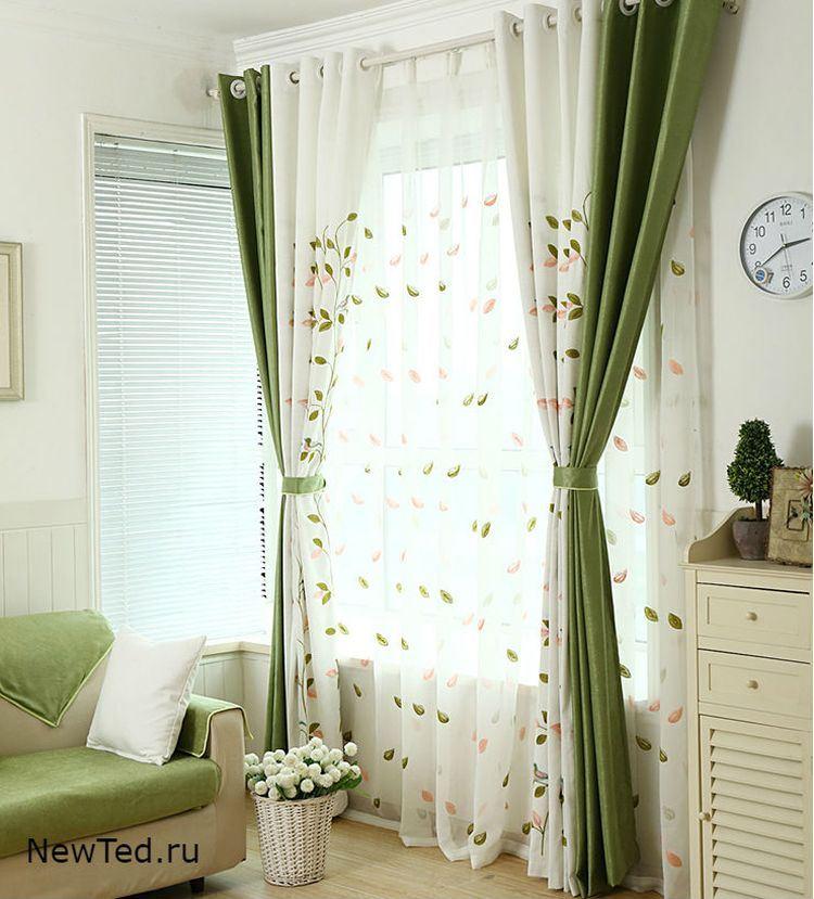 Комбинированные шторы зеленые и белые