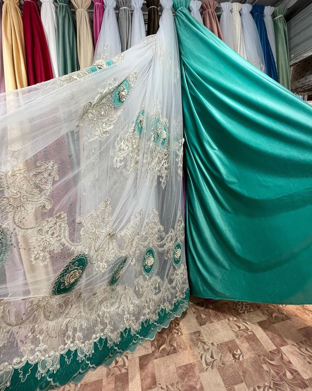 Купить в интернет магазине красивые шторы для зала